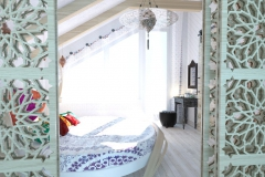 Спальня в частном доме (24)